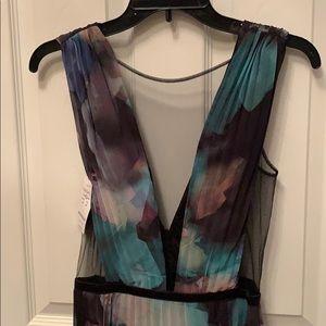 Bebe Deep V Pleated Print Gown